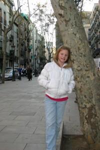 barcelonacheetahgirlsstrutstreet