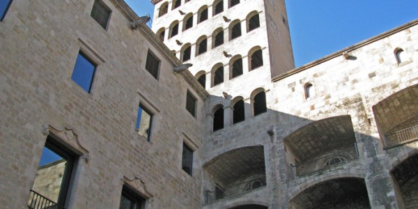 barcelonaoldcitybuildings