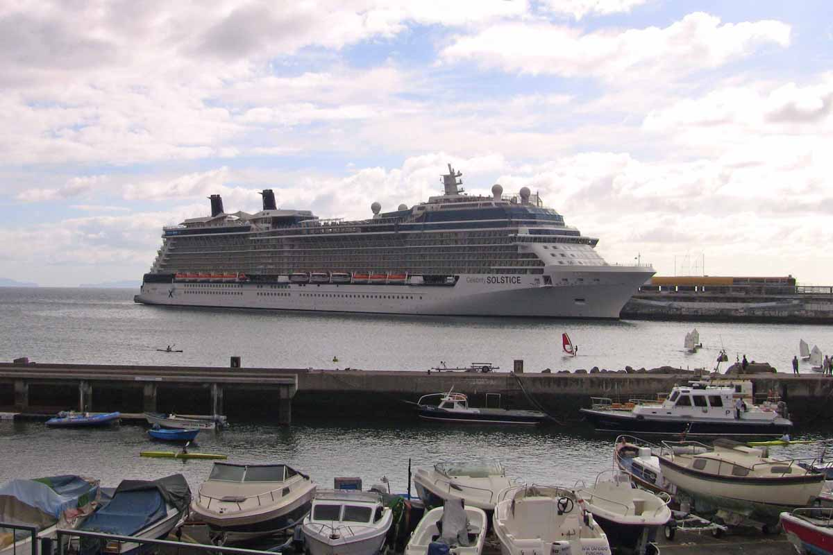 Celebrity Silhouette Cruise Reviews for Family Cruises to ...
